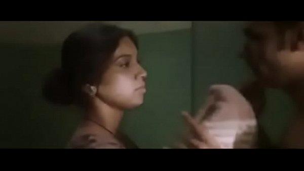 Sudden Hookup With Huge Globes Indian Bhabi